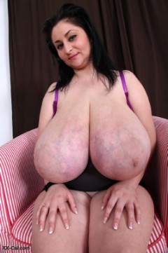 th v alice 85jj xx cel gigantomastia huge tits14 Alice 85JJ huge tits on xx cel and divinebreasts